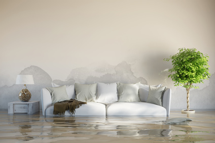 Wasserschaden im Haus nach Überschwemmung